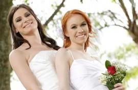 Телки лесбиянки любят друг  дружку