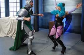 Однажды двое любителей наряжаться в разные костюмы столкнулись и решили потрахаться
