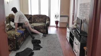 Русское - Босс трахает мою жену, муж рогоносец смотрит на секс жены с любовником